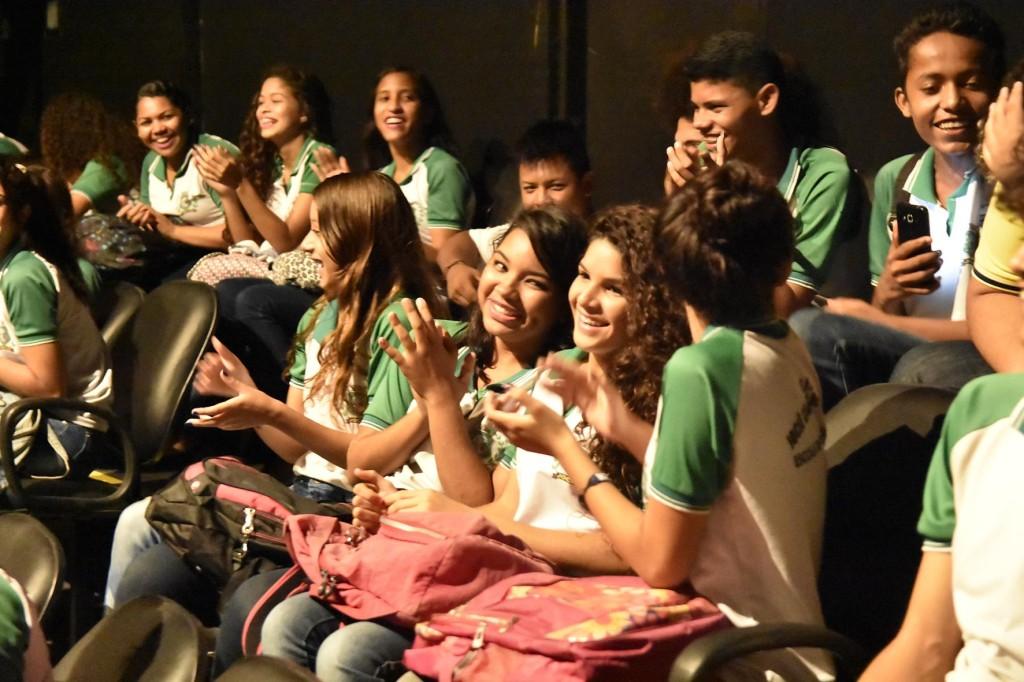 Plateia no Teatro Marcus Miranda. Foto Reginaldo Marinho.